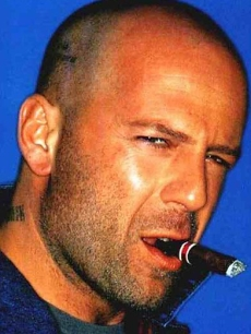 Bruce-Willis-s-Sex-Proposal-Offended-Woman-2.jpg