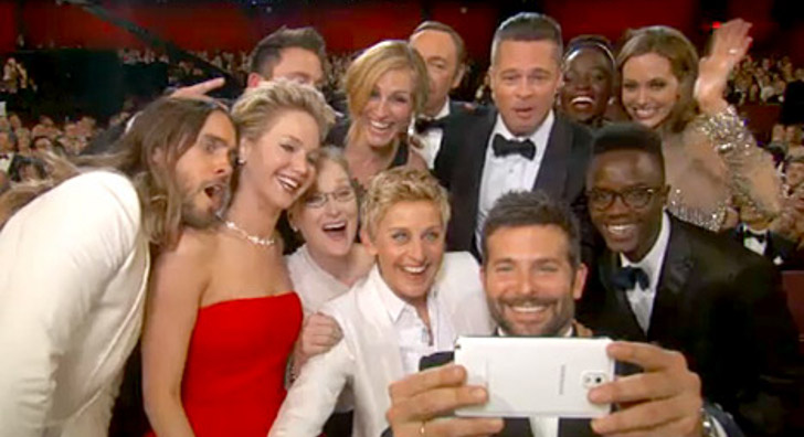 Drawing The Oscars 2014 Selfie - YouTube