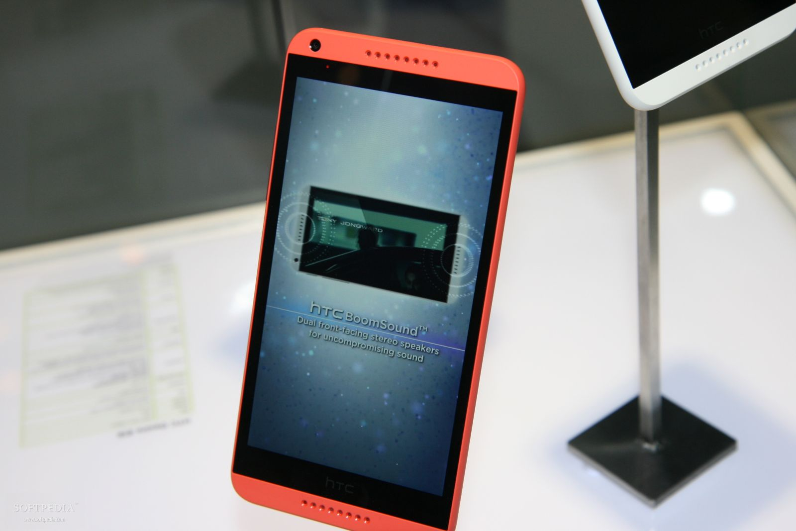 HTC Desire 816 Reservations Top 700,000 in China