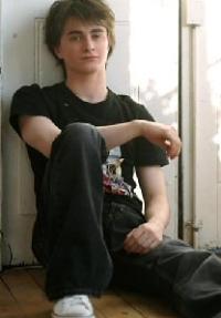 http://news.softpedia.com/images/news2/Harry-Potter-Daniel-Radcliffe-Doesn-t-Impress-Girls-2.jpg