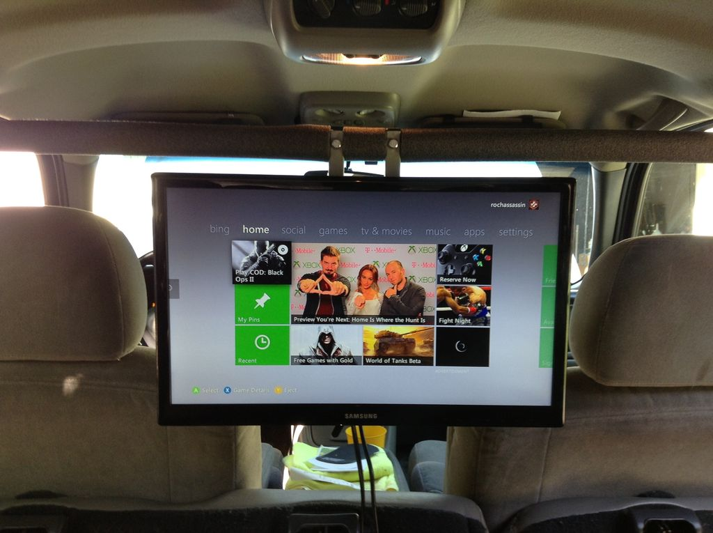 Here S How You Install A Tv And Game Console In Your Car