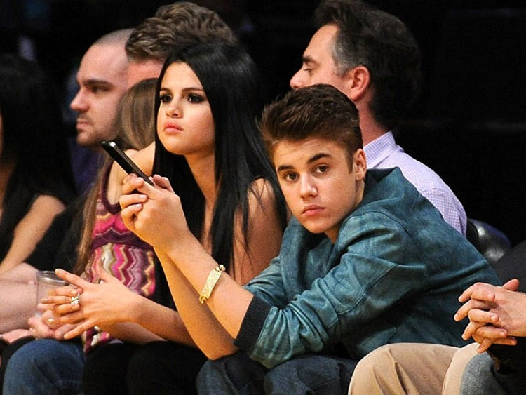 Justin Bieber and Selena Gomez Are Back Together Again - Softpedia