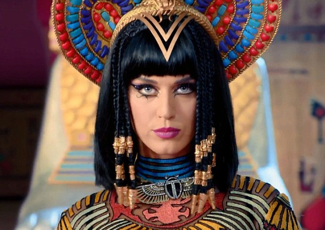 "Katy Perry Channels Her Inner Cleopatra in New ""Dark Horse ..."