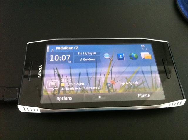 [Image: Nokia-X7-00-Leaks-Video-Available-2.jpg]