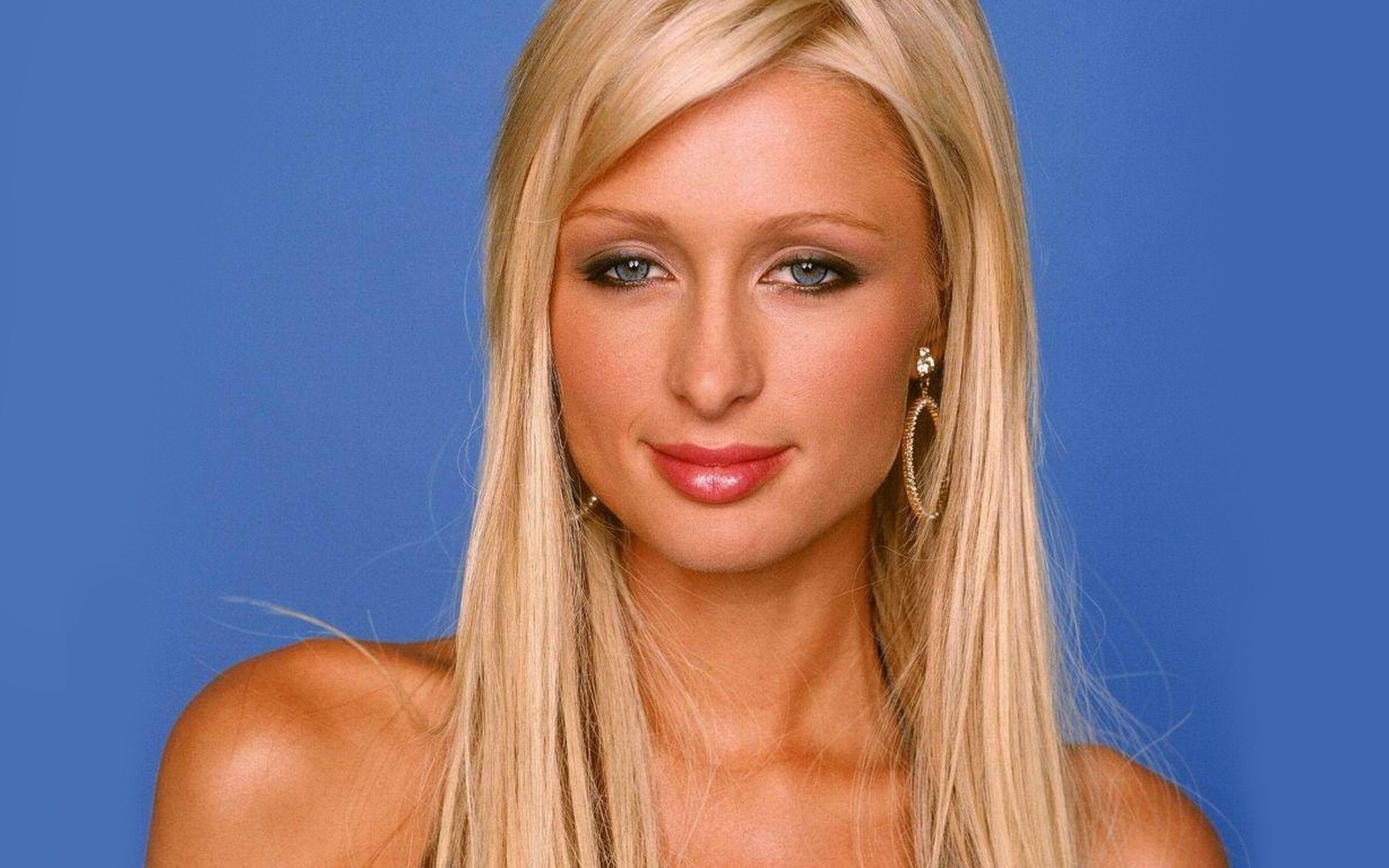 Paris Hilton Compares Herself to Albert Einstein - Softpedia Paris Hilton