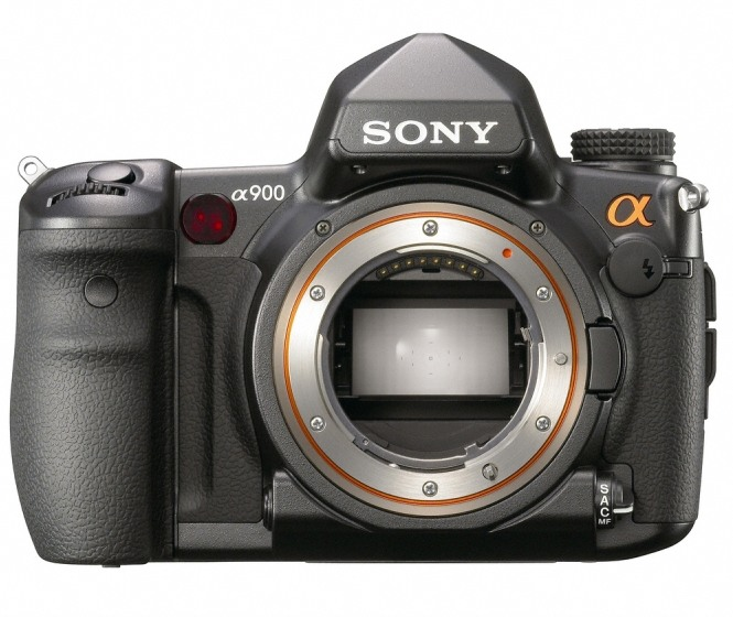 Sony Intros alpha A900, Its First Full-Frame DSLR Camera