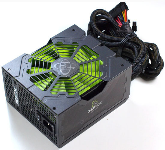 [تصویر: XFX-Rolls-Out-850W-Black-Edition-PSU-2.jpg]